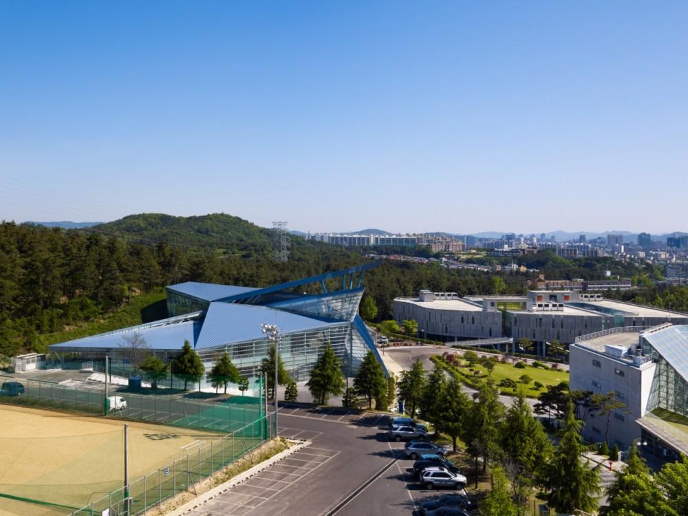 1323743702-iarc-paichai-university-appenzeller-memorial-hall-02-1280-x-960-1000x750